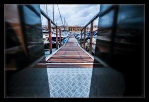 Le vieux port et la grille